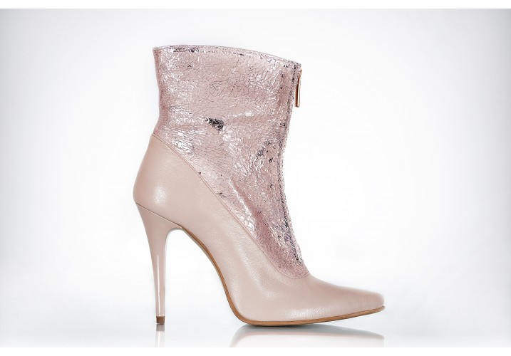 Boots Champagne